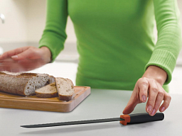 Joseph Joseph 8' Elevate Stainless Steel Bread Knife, Orange (10076)