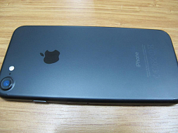 iPhone 7 128GB Black_O (2)